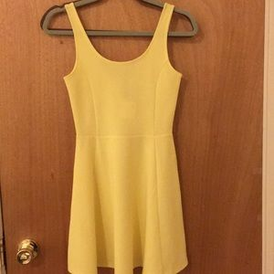 H&M yellow sleeveless skater dress size 4